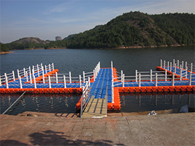 plastic floating docks
