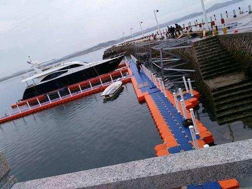 floating marina docks