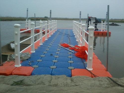 plastic lake floating docks