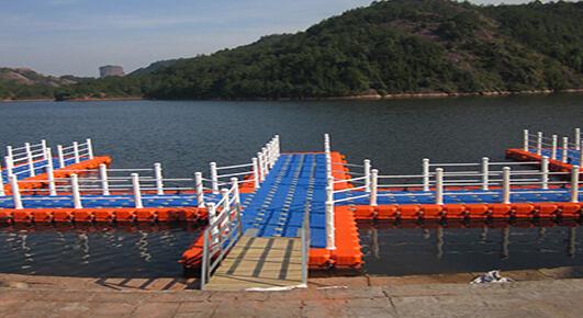 floating docks for ponds