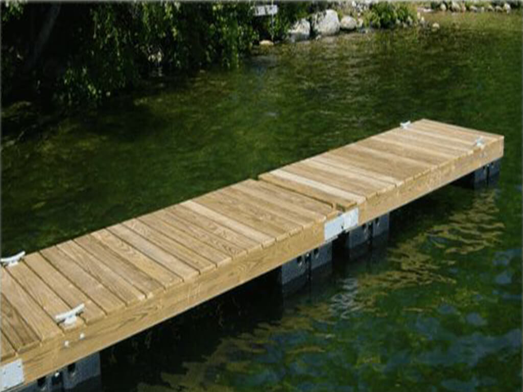 straight line wooden floating dock