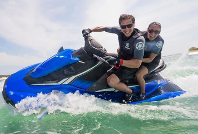 Driving a Yamaha EX Deluxe jet ski