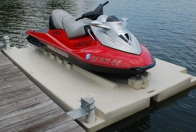 Floating dock for jet ski