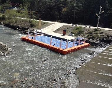 Residential floating dock