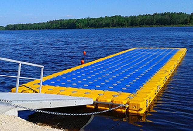 A Plastic Floating Platform