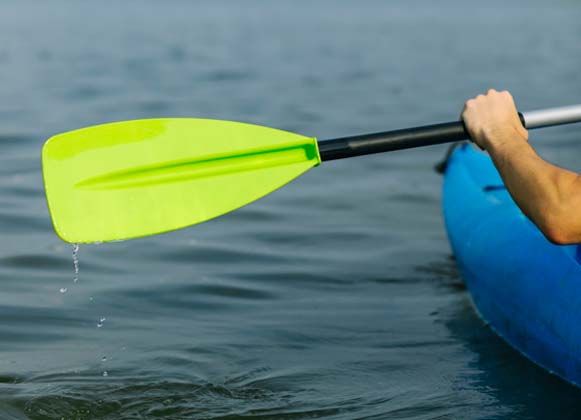 Types of kayak paddles