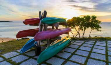 Stacked kayaks2