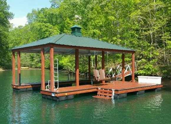 A Mixed Floating Dock
